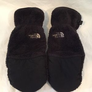 The North Face Fluffy Fleece Black Mittens Small